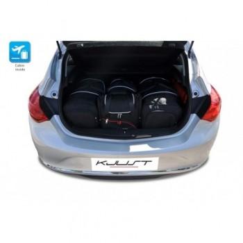 Kit valigie su misura per Opel Astra J 3 o 5 porte (2009 - 2015)