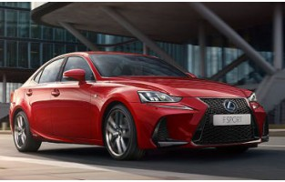 Lexus IS 2017-adesso