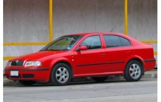 Tappetini Skoda Octavia Hatchback (2000 - 2004) Excellence