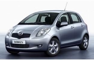 Tappetini Toyota Yaris 3 o 5 porte (2006 - 2011) economici