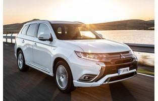 Mitsubishi Outlander PHEV 2018-adesso