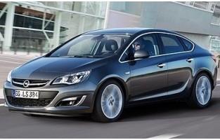 Opel Astra J berlina